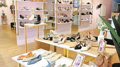 Happy2u的首间旗舰店,让顾客无论是线上或线下,都可轻松买到心仪的鞋子。