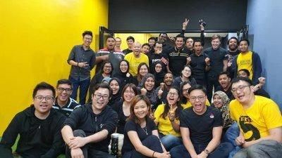 基于公司成长扩展迅速,SPEEDHOME部分新聘职员仅将近5个月已晋昇为中阶管理层,组成带领5至6名新员工的团队。(受访者提供)