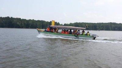 中国团暂时全部暂停,打击十八丁的旅游业,业者冀望政府寻策吸引其他国家的游客,抢救地方旅游业。